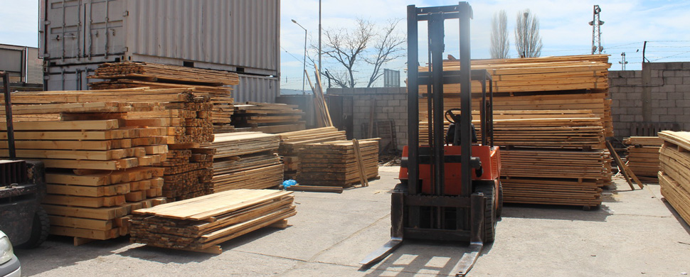 Дървен материал.